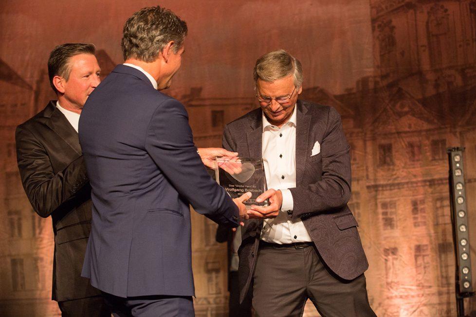 ISOTEC-Gründer Horst Becker ehrt MdB a.D. Wolfgang Bosbach